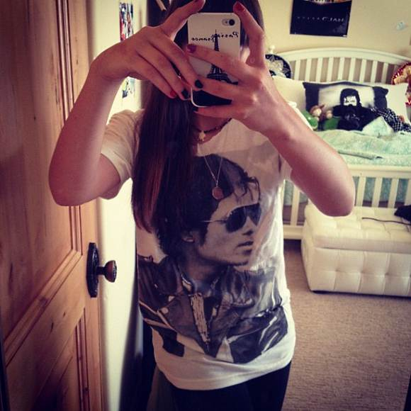 Paris Jackson Michael Jackson Shirt Paris Jackson mit Michael Shirt am Todestag