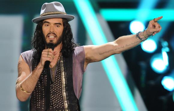 Russell Brand MTV Movie Awards 2012 Russell Brand verarscht Justin Bieber