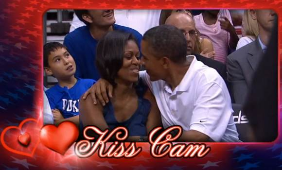 Barack Michelle Obama Kiss Cam Barack & Michelle Obama in der Kiss Cam!