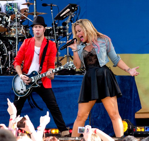 Demi Lovato Good Morning America Juli 2012 5 Demi Lovato performt bei Good Morning America