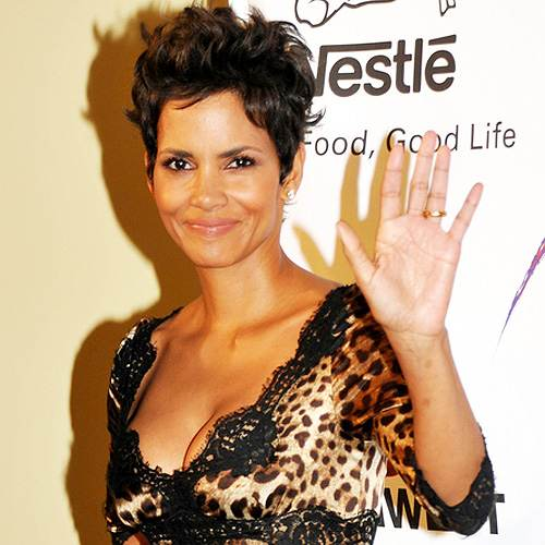 Halle Berry Silver Rose Awards 2012 Halle Berry: Unfall am Filmset