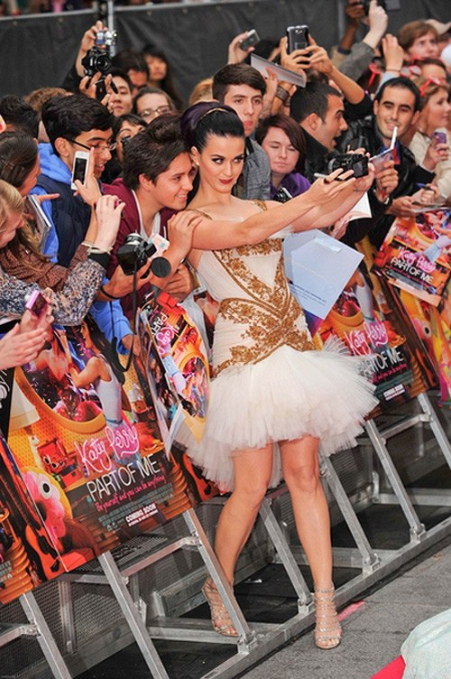 Katy Perry Part of Me UK Premiere 3 Katy Perry ist Billboards Frau des Jahres!
