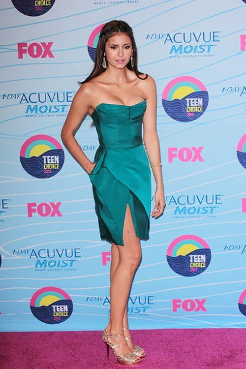 Nina-Dobrev-Teen-Choice-Awards-2012-1