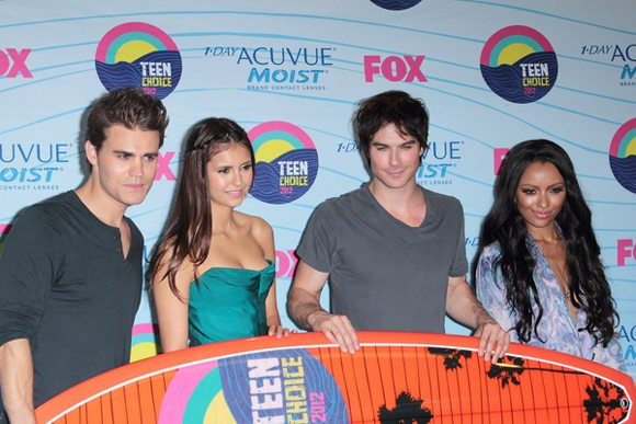 Paul Wesley Nina Dobrev Ian Somerhalder Kat Graham Teen Choice Awards 2012 1 Paul Wesley überlässt Ian Somerhalder die Nacktszenen