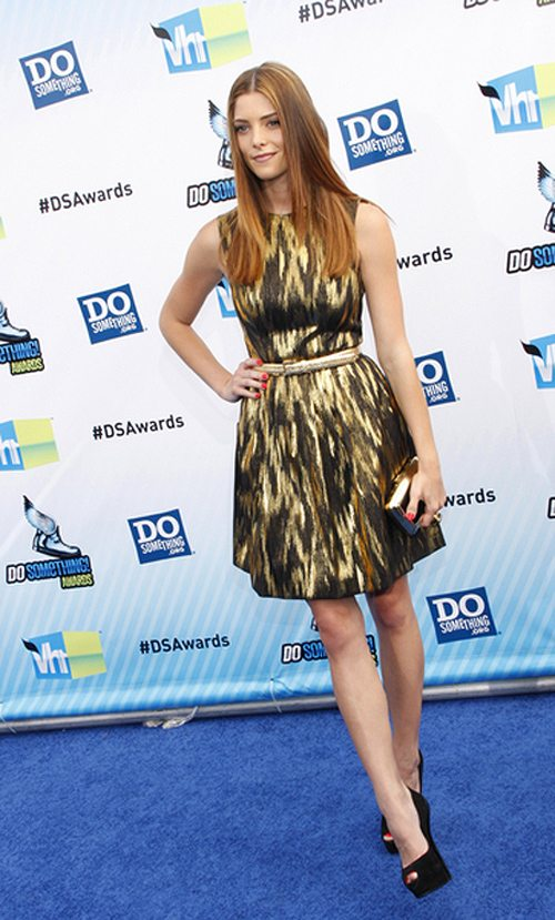 Ashley-Greene-Do-Something-Awards-2012-2