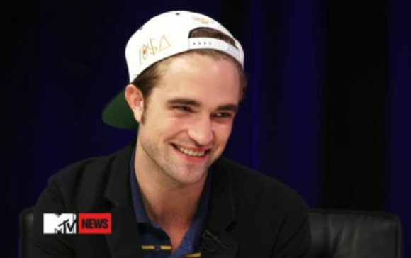 Robert Pattinson MTV Interview August 2012 Robert Pattinson: Gibt es bald neue Musik von ihm?