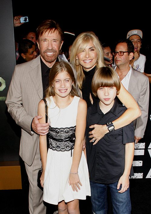 The-Expendables-2-Chuck-Norris-Premiere-Los-Angeles-1
