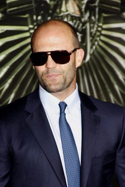 The-Expendables-2-Jason-Statham-Premiere-Los-Angeles-2-250x374