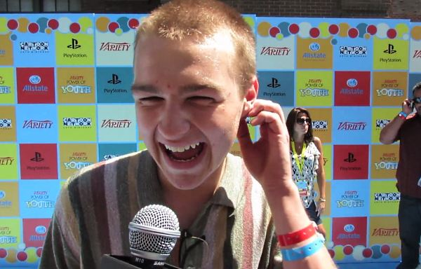 Angus T Jones Variety Power Youth Miley Cyrus Interview Angus T. Jones: Miley Cyrus war phänomenal in Two and a Half Men