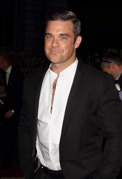 GQ-Men-of-the-Year-2012-Robbie-Williams-250x368