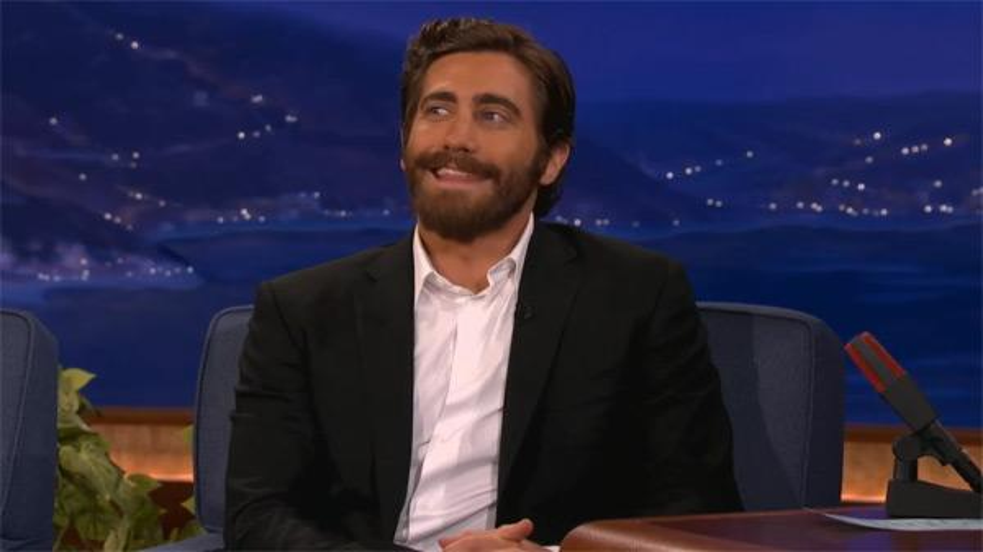 Jake-Gyllenhaal-Conan