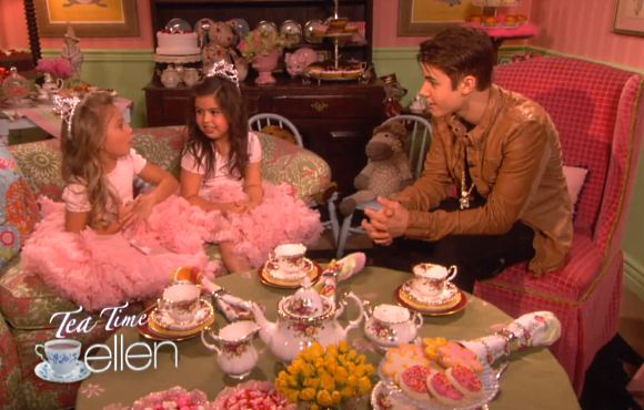 Justin Bieber Tea Time Sophia Grace Rosie Justin Bieber: Tea Party mit Sophia Grace & Rosie
