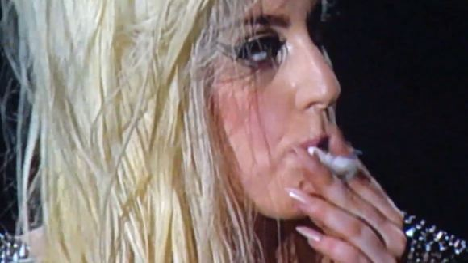 Lady-Gaga-Joint-Bühne