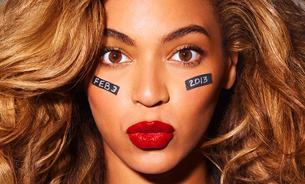 Beyonce Super Bowl 2013 Beyonce performt in der Super Bowl Halbzeitshow