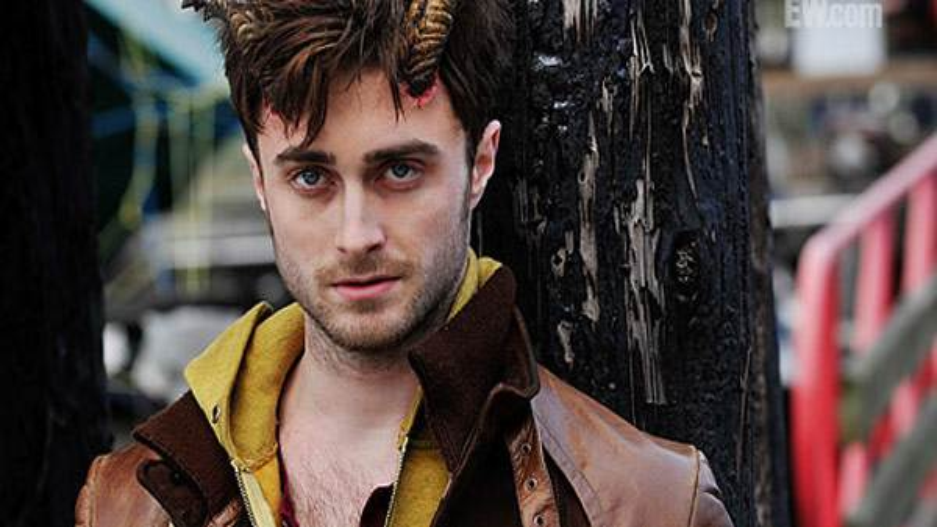 Daniel-Radcliffe-Horns-Still-Closeup