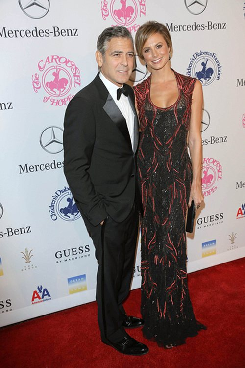 George-Clooney-Stacy-Keibler-Carousel-of-Hope-Ball-2