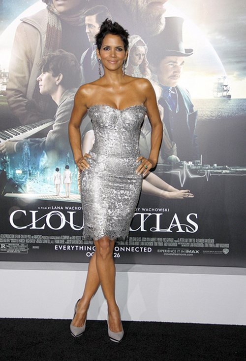 Halle-Berry-Cloud-Atlas-Premiere-3