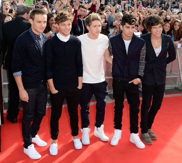 One Direction BBC One Radio Teen Awards 2 One Direction schreiben Chart Geschichte mit Live While Were Young