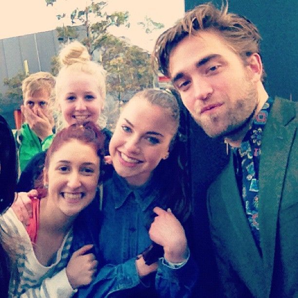 Robert Pattinson Breaking Dawn 2 Fan Event Sydney 1 Robert Pattinson bleibt selbst in der Wüste nicht unerkannt