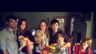 Bella Thorne Familie Tristan Klier Thanksgiving