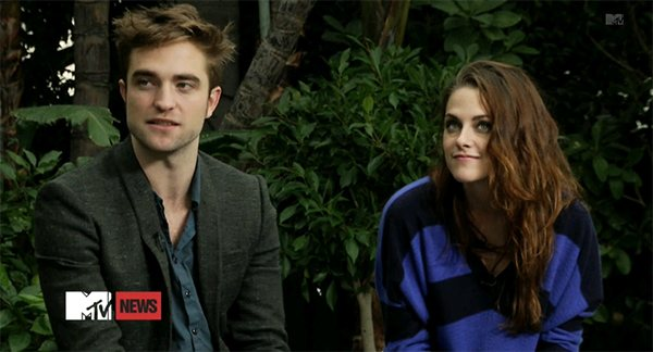 Robert-Pattinson-Kristen-Stewart-MTV-First-Breaking-Dawn-2