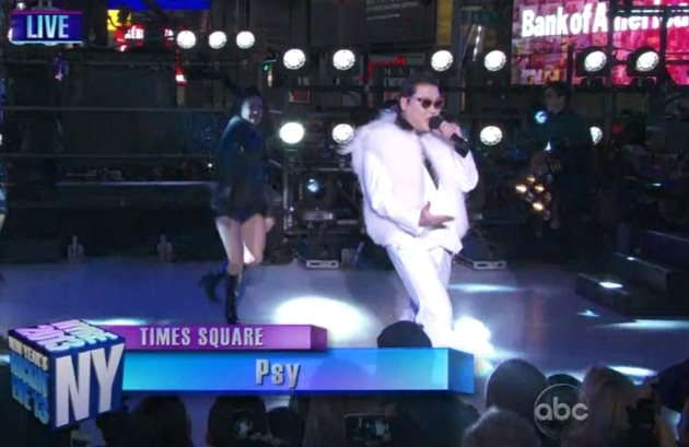 Psy-Gangnam-Style-Silvester-Times-Square
