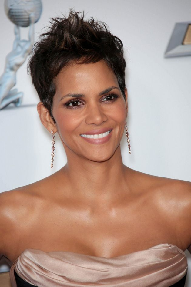 NAACP-Awards-2013-Halle-Berry-2