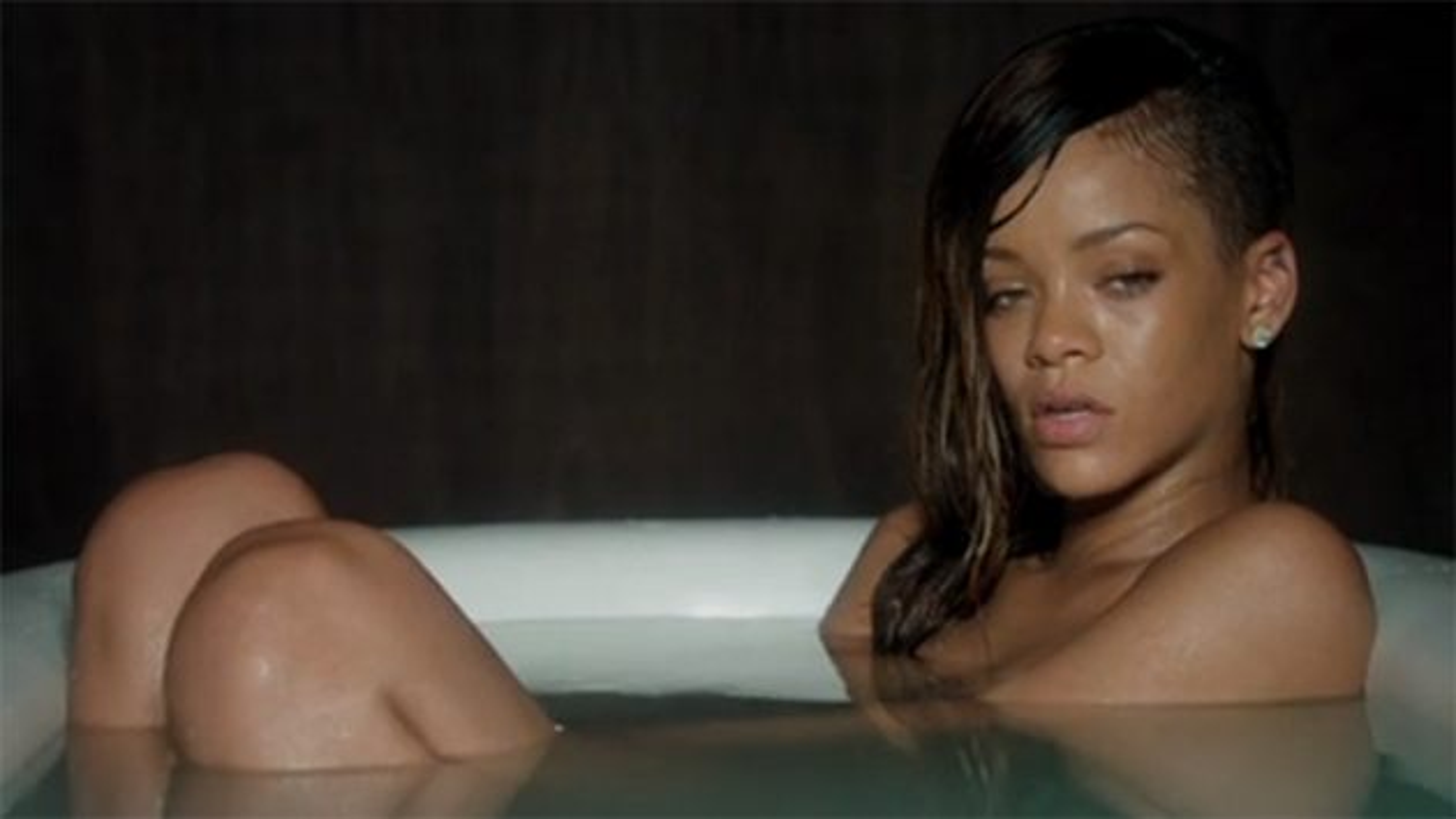 Rihanna-Stay-Musikvideo