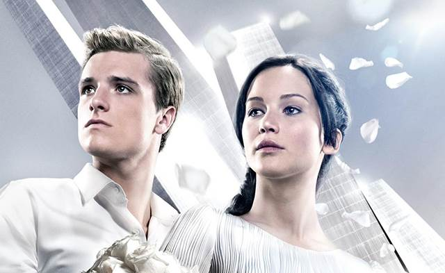 The-Hunger-Games-Poster-Catching-Fire-1
