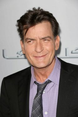 Charlie-Sheen-Scary-Movie-LA-Premiere-4-250x375