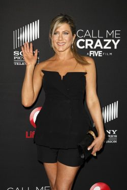 Jennifer-Aniston-Call-Me-Crazy-Premiere-2-250x375
