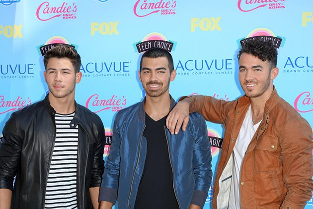 Jonas-Brothers-Teen-Choice-Awards-2013-3