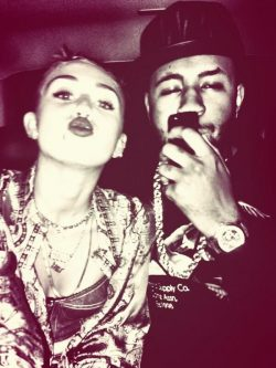 Miley-Cyrus-Mike-Will-Made-It-250x333