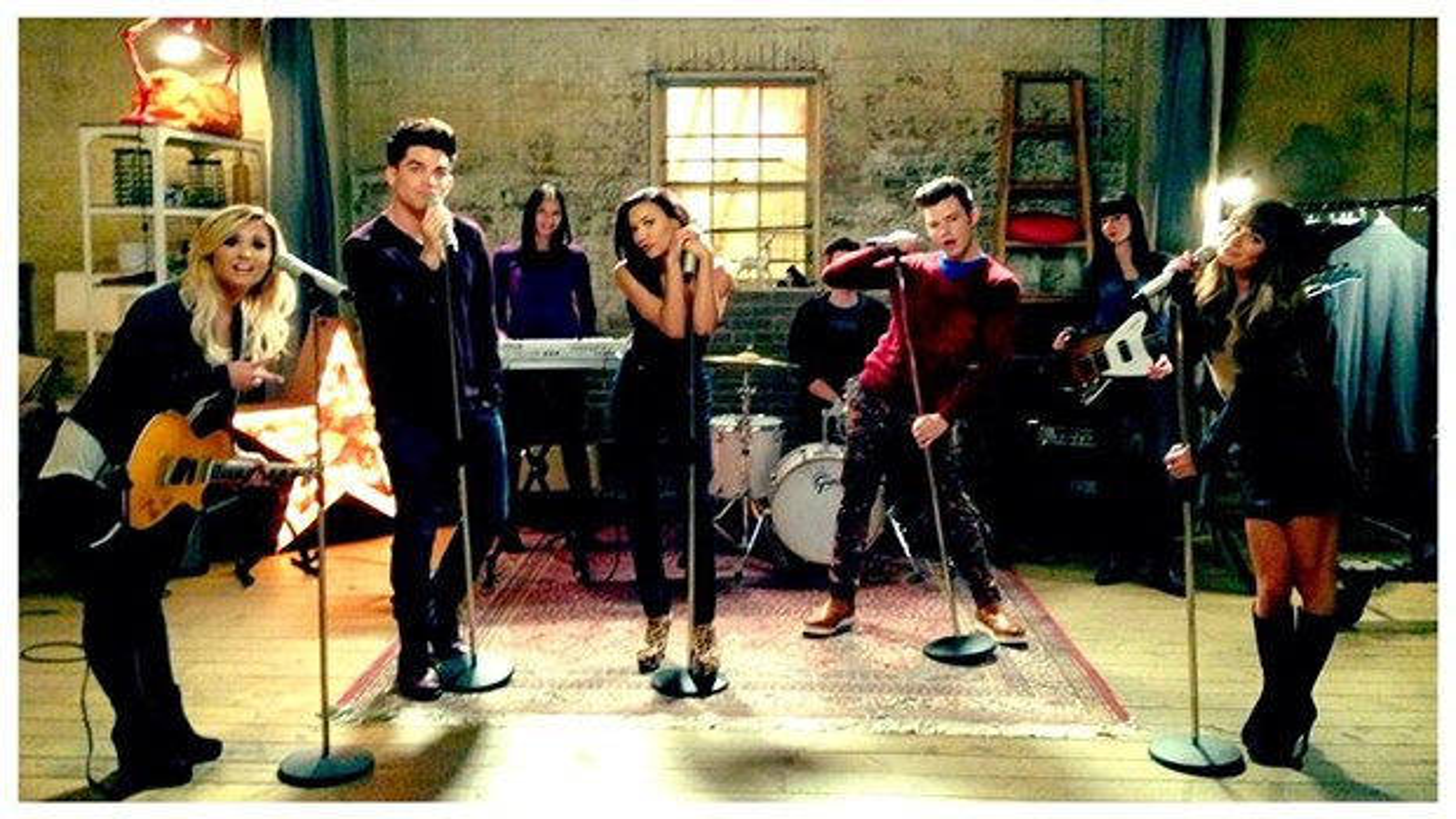 Demi-Lovato-Lea-Michele-Adam-Lambert-Glee