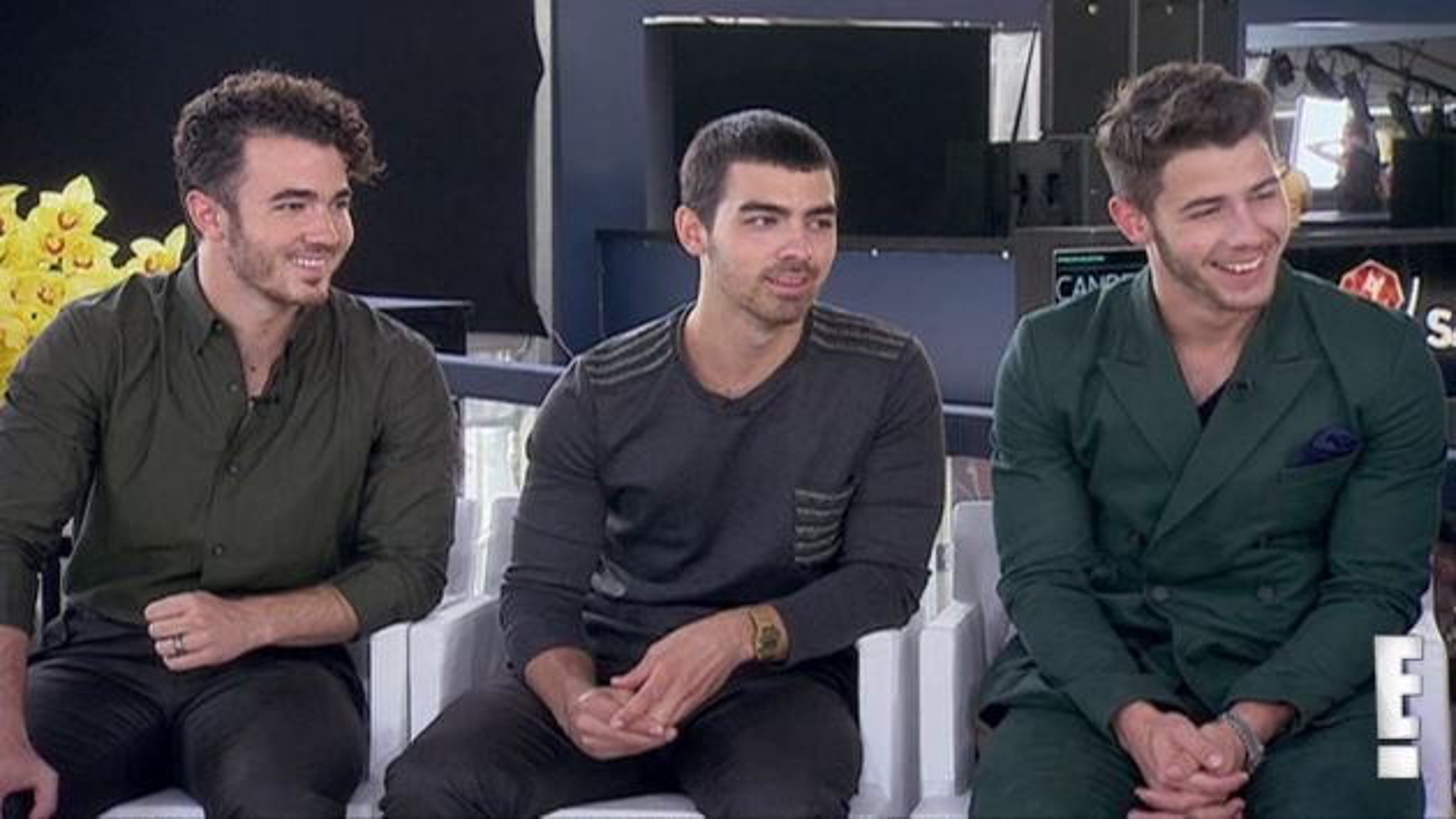 Jonas-Brothers-Joan-Rivers