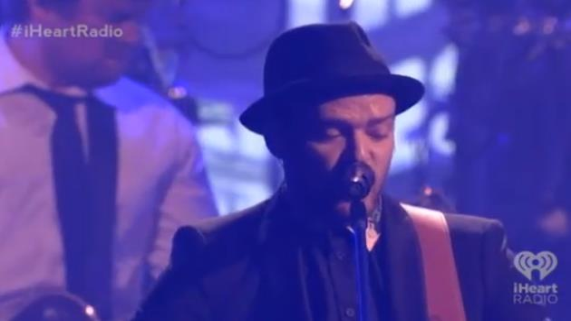 Justin-Timberlake-iHeartRadio-Festival-2013