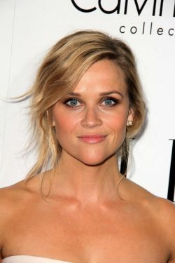 ELLE-Women-in-Hollywood-2013-Reese-Witherspoon-2-250x375