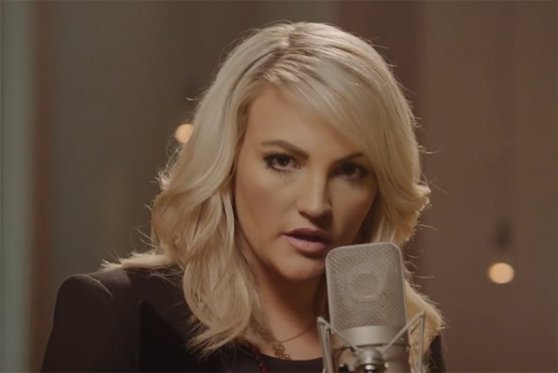 Jamie-Lynn-Spears-How-Could-I-Want-More-Musikvideo