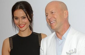 Red-2-Premiere-Bruce-Willis-Emma-Heming-Vorschau