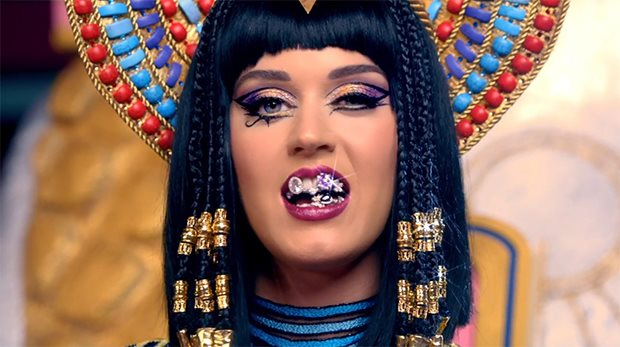 Katy-Perry-Dark-Horse-Preview