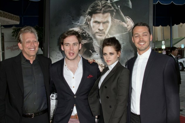Kristen-Stewart-Rupert-Sanders-Snow-White-and-the-Huntsman