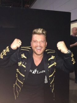 Menowin-Froehlich-DSDS-2014-1-Liveshow-6-250x333