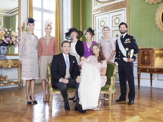 Prinzessin-Madeleine-Leonore-Chris-ONeill-Familienportraits-Drottningholm-4
