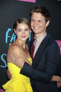 Shailene-Woodley-Ansel-Elgort-The-Fault-in-Our-Stars-Premiere-New-York-250x375