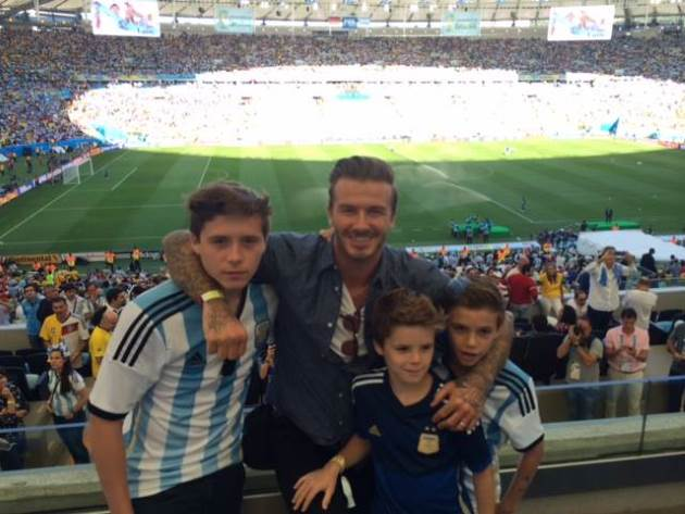 David-Beckham-Kinder-WM-Finale-Stadion
