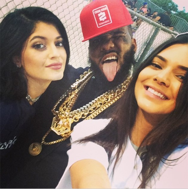 Kendall-Kylie-Jenner-The-Game-Charity-Kick-Ball-Game