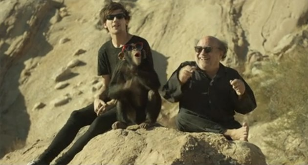 Louis-Tomlinson-Steal-My-Girl-Teaser-Danny-DeVito