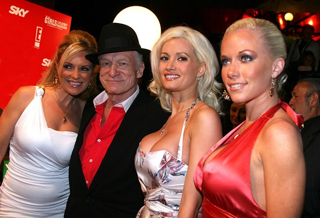 Holly-Madison-Hugh-Hefner-Bridget-Marquardt-Kendra-Wilkinson-Rom-2006