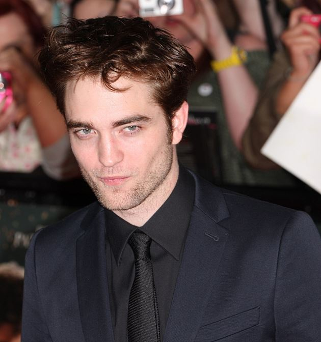 Robert-Pattinson-Water-for-Elephants-UK-Premiere