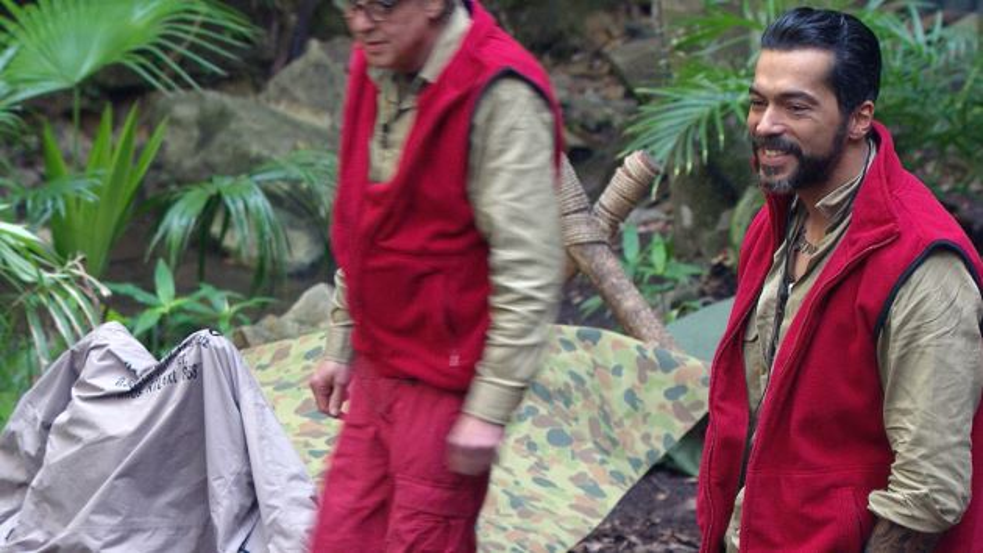 Aurelio-Savina-Dschungelcamp-lachen